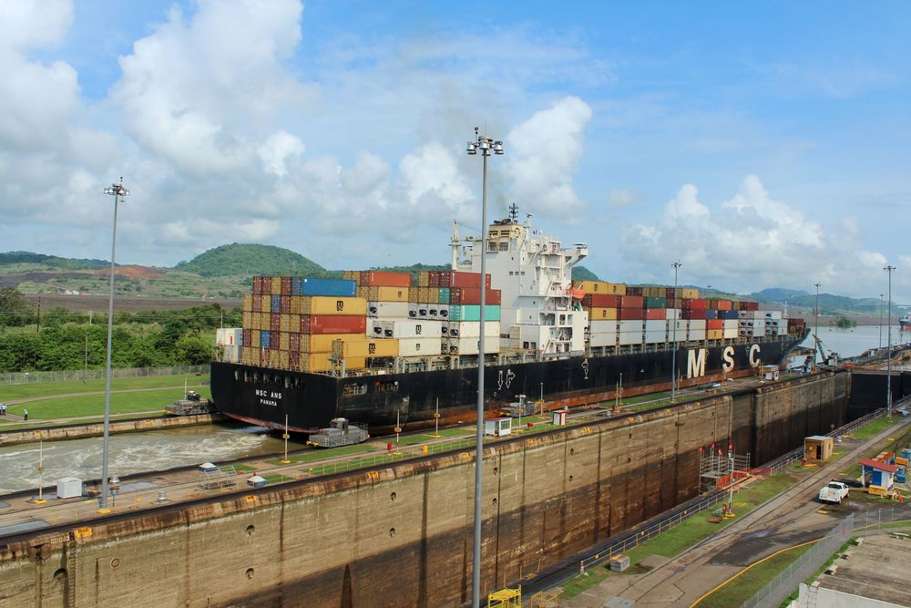 Ecluses de Miraflores, Canal de Panama, Panama City, Panama