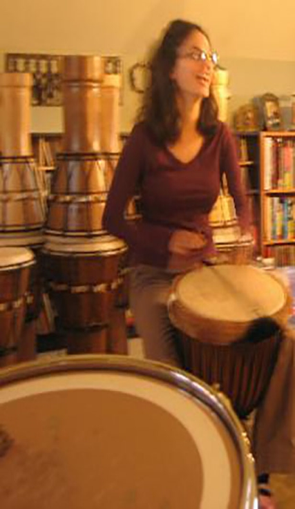 ENRICHING   In a drum circle the universal language of rhythm removes barriers, buildstrust and createsa renewed sense of spirit and community. It feels good because it is good for you and fun at the same time!