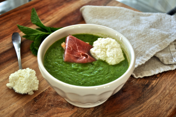 mint-pea-soup-cold