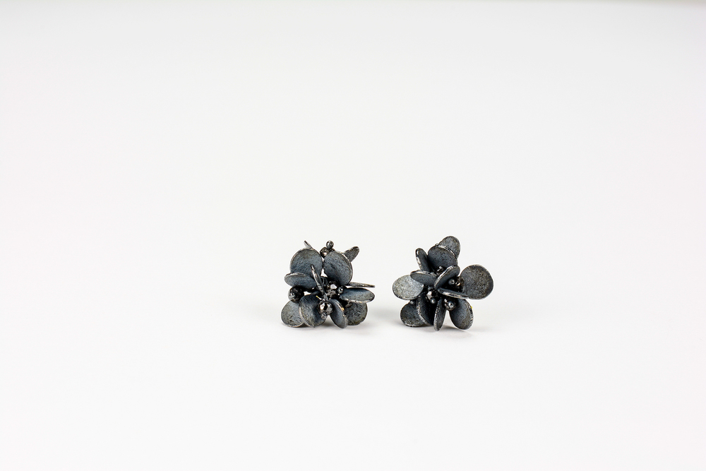small cluster earrings . oxidized sterling approx 1.5 ct tw black diamond beads - 800.00