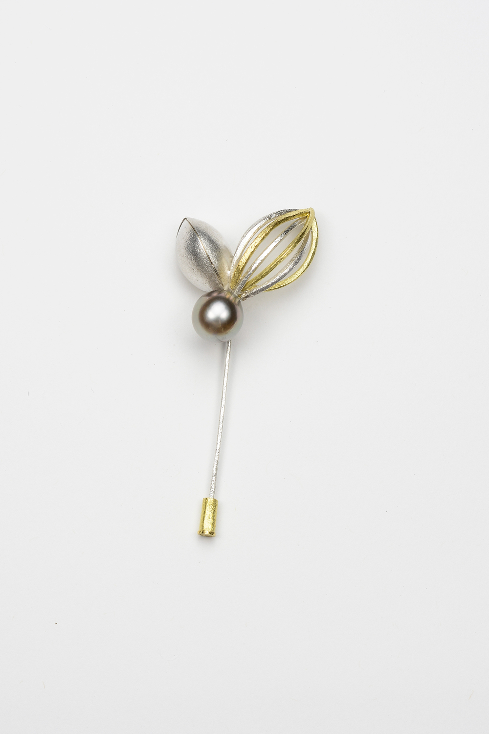 pod pin . 18ky gold sterling silver Tahitian pearl - 1400.00