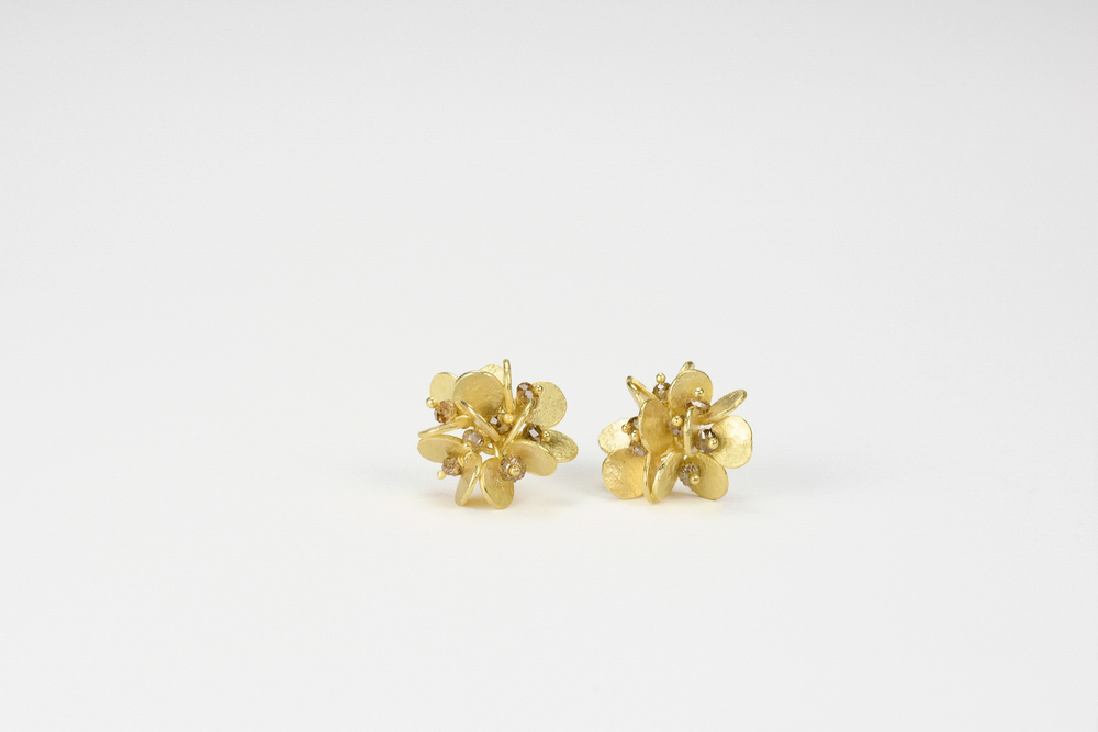 small cluster earrings . 18ky gold approx 1.5 ct tw brown diamond beads - 2000.00