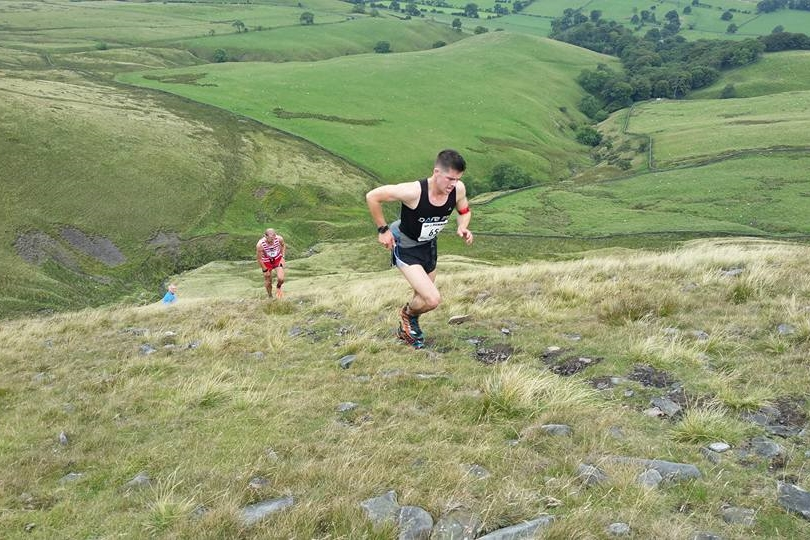 Pendle 3 Peaks Fell Race Photo 2014
