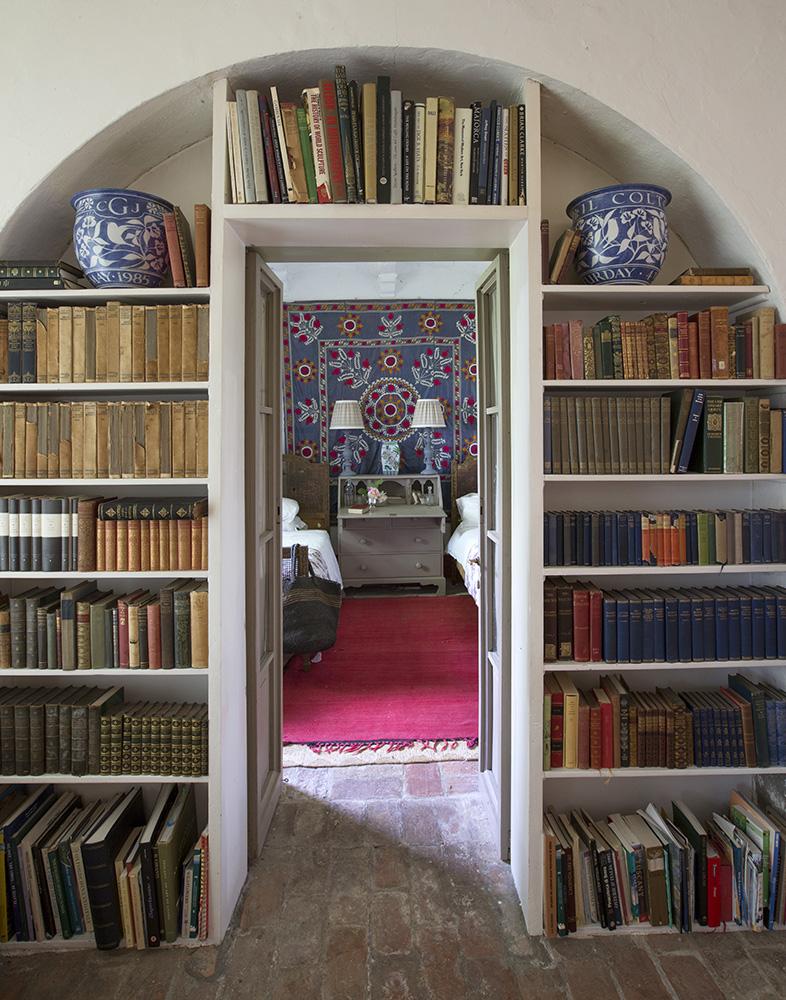 Arch Room .jpg