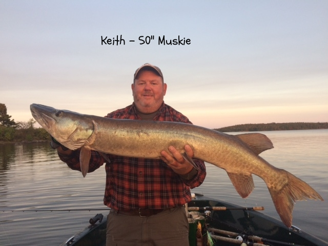 keith_edberg_50_inch_muskie_august_27.JPG