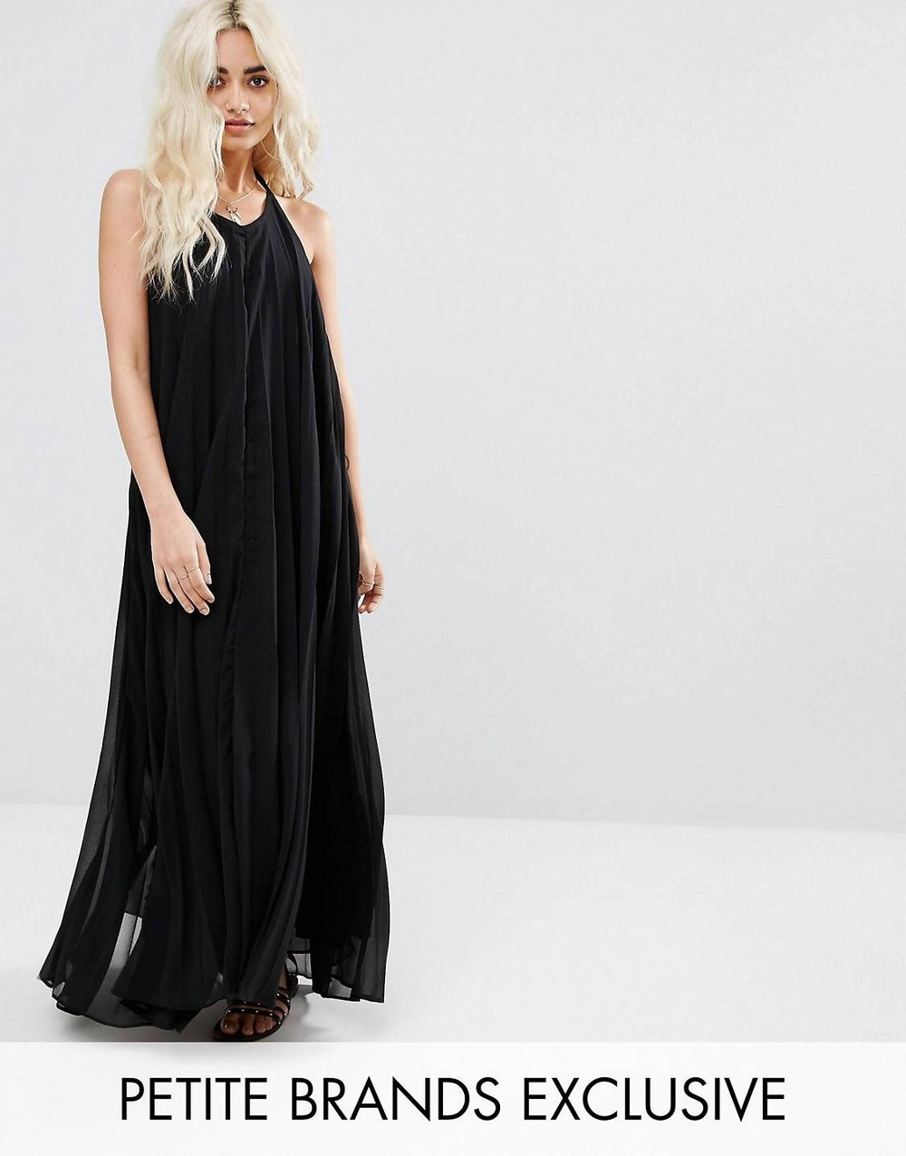 £17.50 Missguided pleated maxi - I love a good pleat. Usually because it means the outfit is lined. I watched the vid and this appears to be lined to the ankle. So erm, win win.