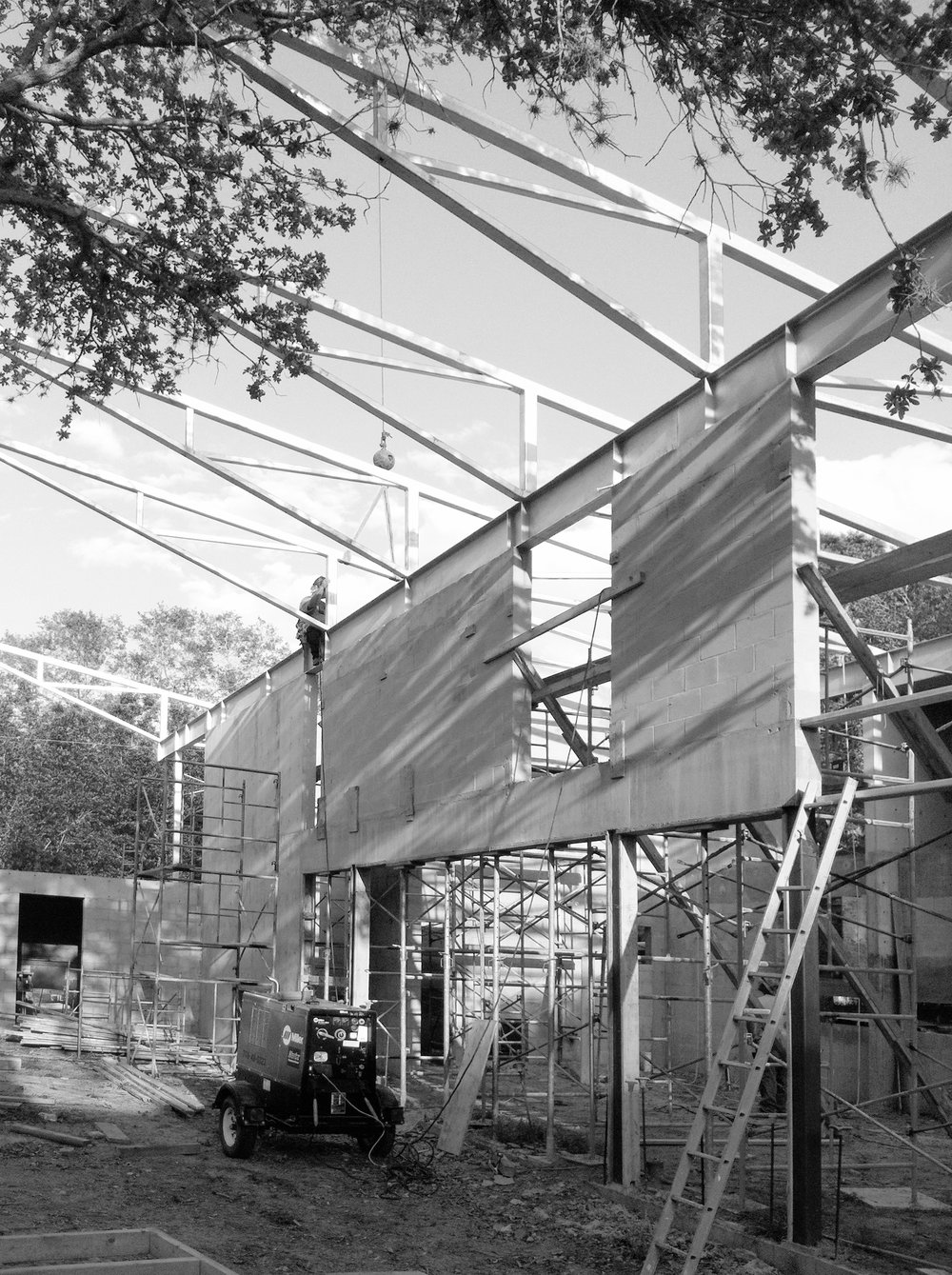 20130422-Construction photo-14-black_white.jpg
