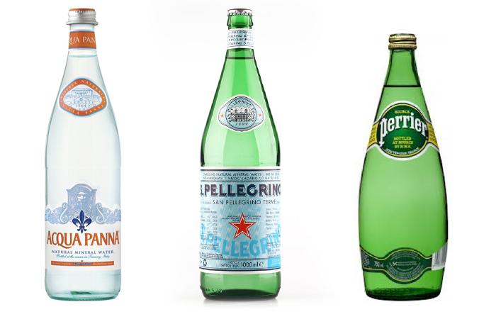 Fina flaskor är alltid snyggt att ha i köket, speciellt dessa utländska mineralvatten som jag tycker ger en känsla av restaurang och semester.