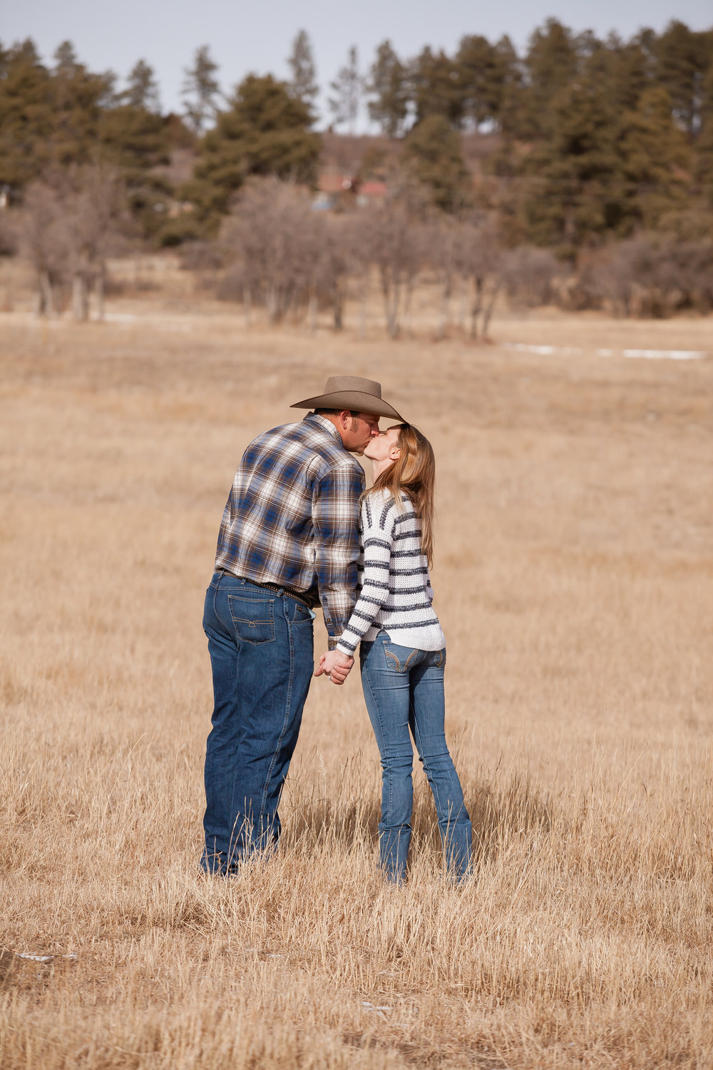 durango colorado proposal and engagement cowboy by alexi hubbell photography
