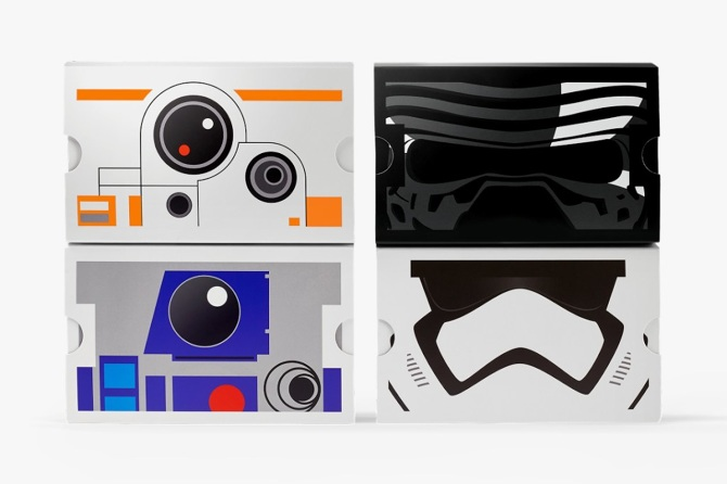 Limited edition Star Wars Cardboards promoted the experience.