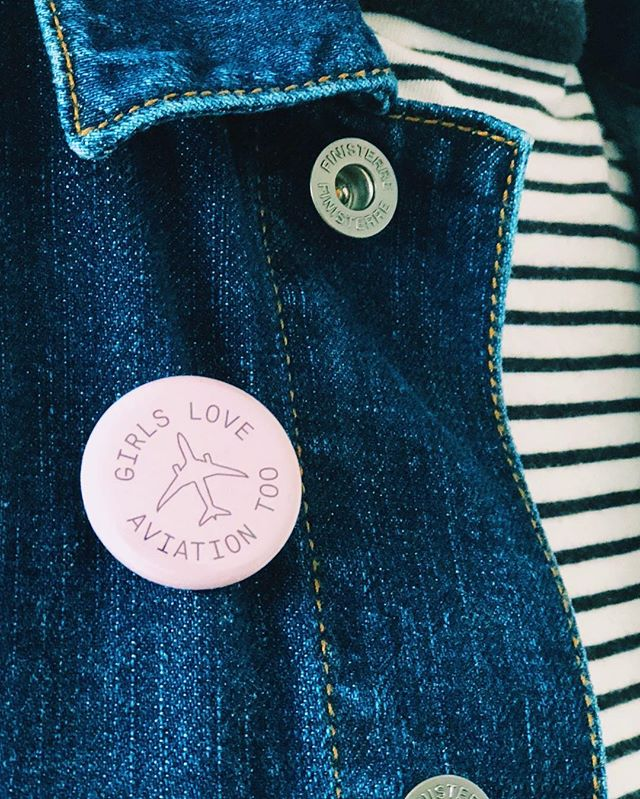 @girls.love.aviation.too badge worn by @iamburley