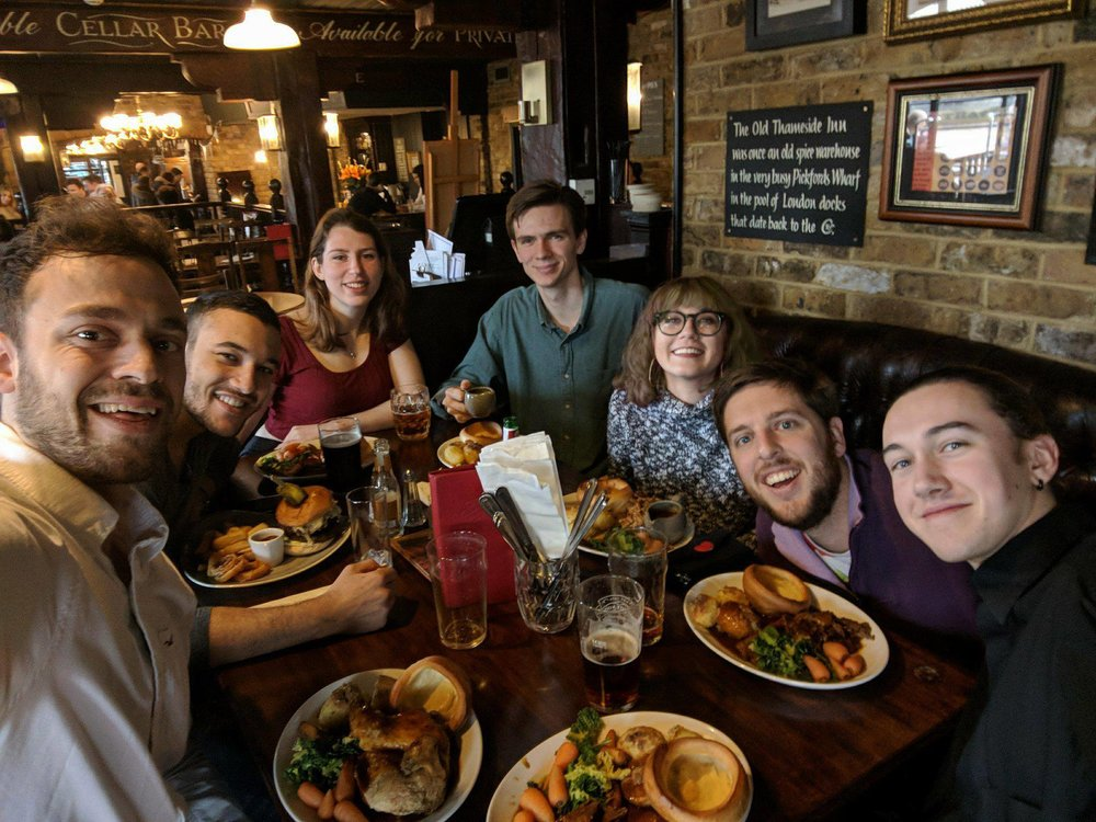 Alumni lunch in London! We all got a Sunday roast - how could we not?