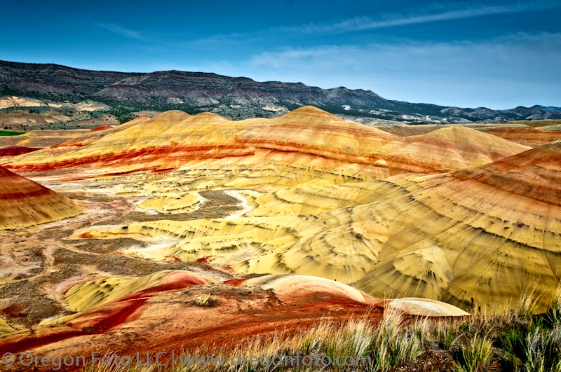 painted-hills-oregon.jpg