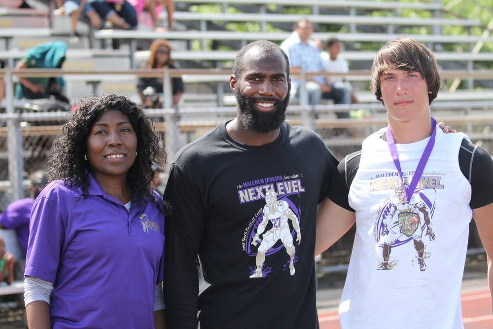 - By BTN.com staff - Aug 29, 2015Life as a professional athlete can be transitory, a blur of different uniforms, cities and faces, which makes it difficult to get attached to any particular place. But Philadelphia Eagles free safety and former Buckeyes football star Malcolm Jenkins manages to make real, lasting connections no matter where he goes.