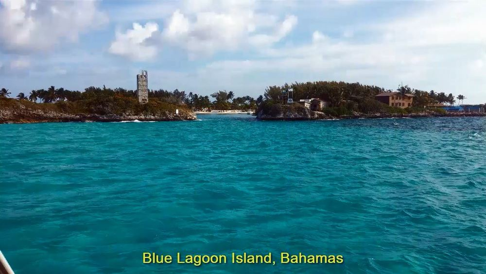2014-04-28 Blue Lagoon Island entrance, Bahamas