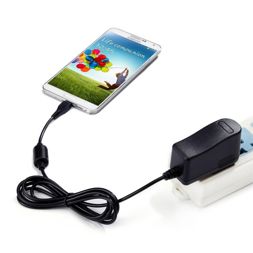 Intocircuit Travel Charger 3.jpg
