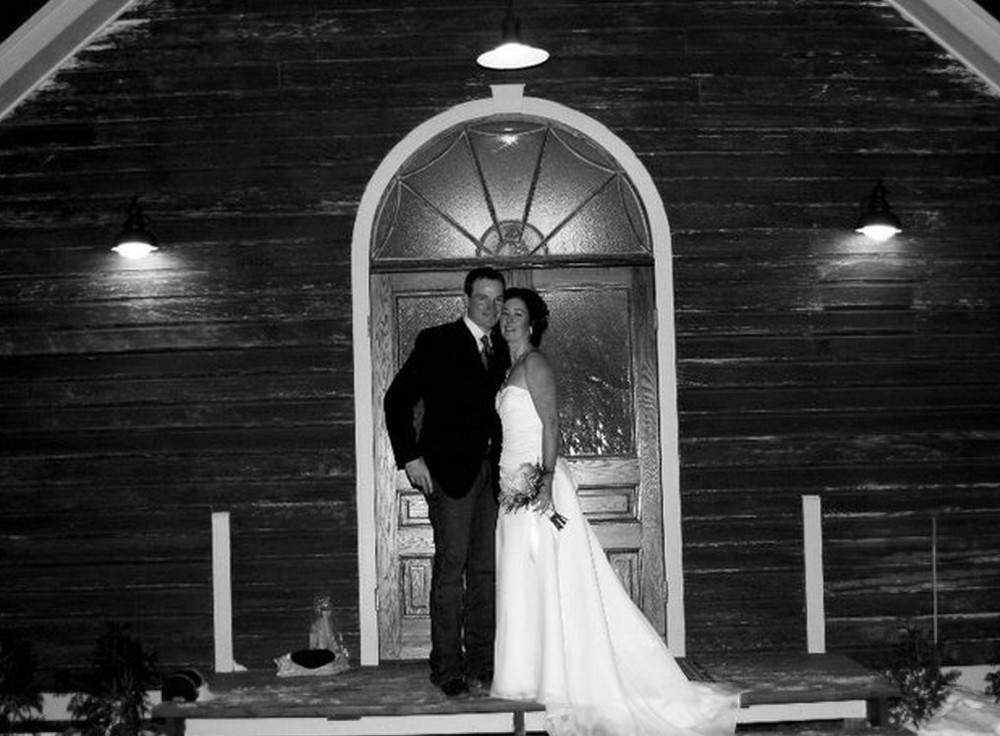 b & w wedding adreal udal.jpg