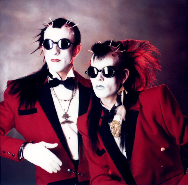 T&T-1982-A.jpg