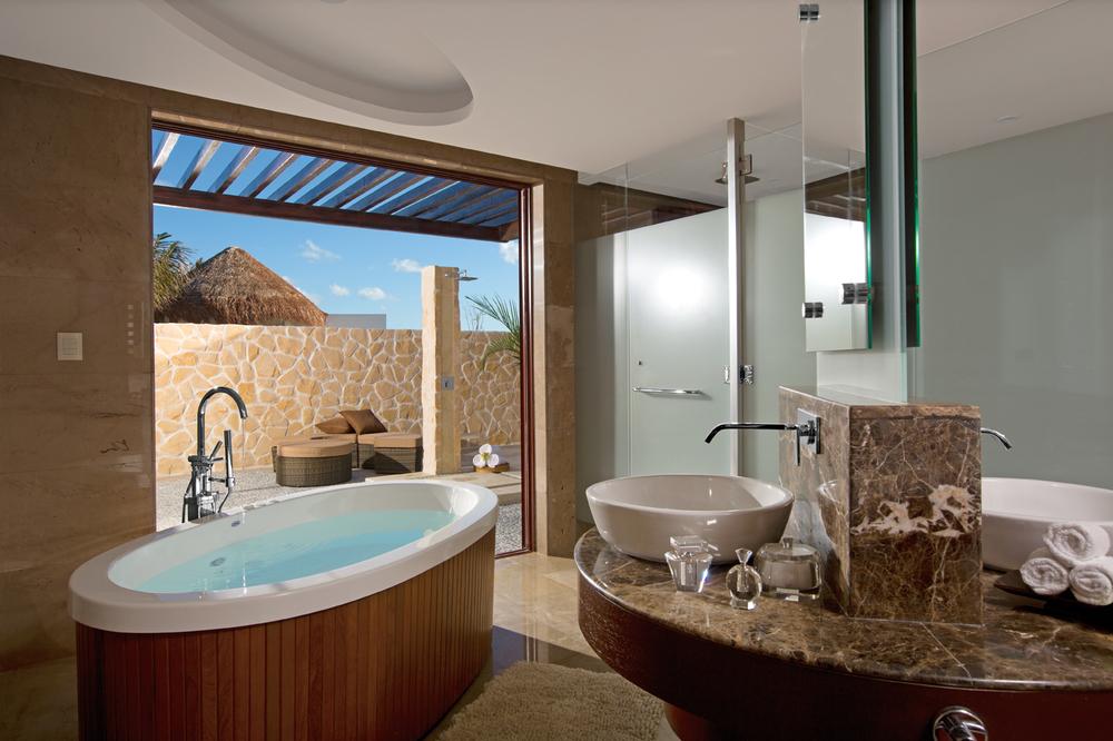 SECPM_Pres_suite_Bathroom_1.jpg