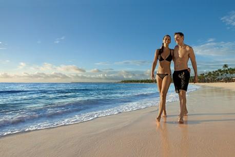 NOLPC_Couple_Beach1_2-458x305.jpg