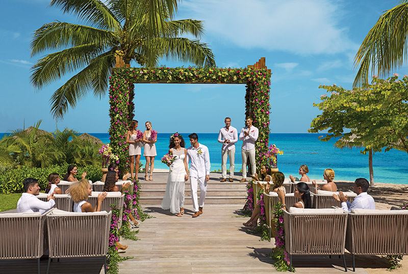 BREMB_Wedding_Beach_2A.jpg