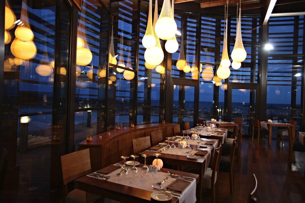 _var_www_media_sandos_uploads_profesionales_imagenes_res_restaurant_sanblas_4212_x_2808-300.jpg