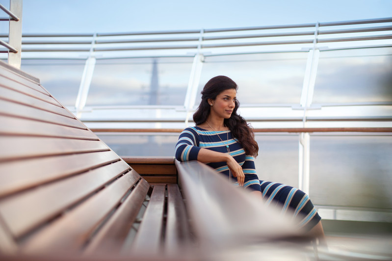 RF20516 - Queen Victoria Deck Lifestyle -- QV Deck.jpg
