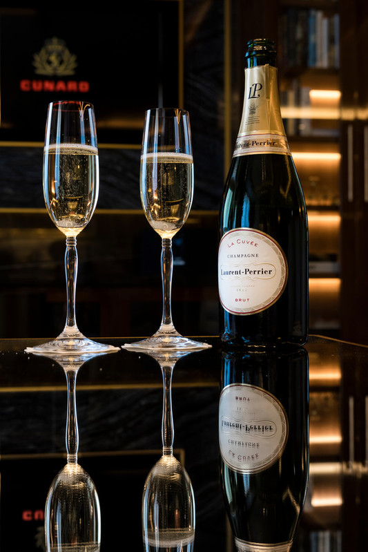LP champagne afternoon tea ISON_170607_QueenVictoria_42310-2.jpg