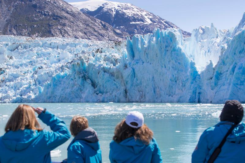 SBN_ABC_RSAY17_Guests and Dawes Glacier_Endicott Arm_Alaska.jpg