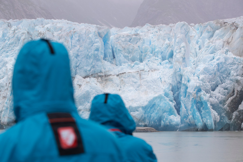 SBN_ABC_RSAY17_Guests and Sawyer Glacier_Tracy Arm_Alaska.jpg
