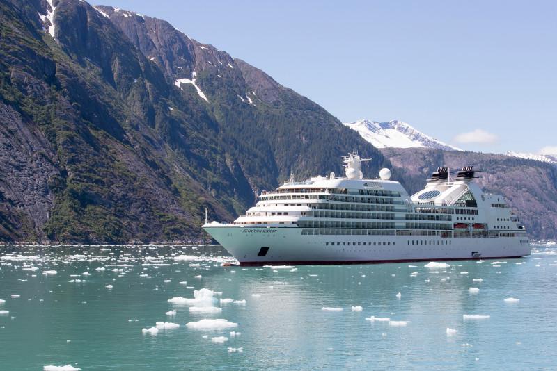 SBN_ABC_RSAY17_Seabourn Sojourn_Aialik Bay_Alaska.jpg
