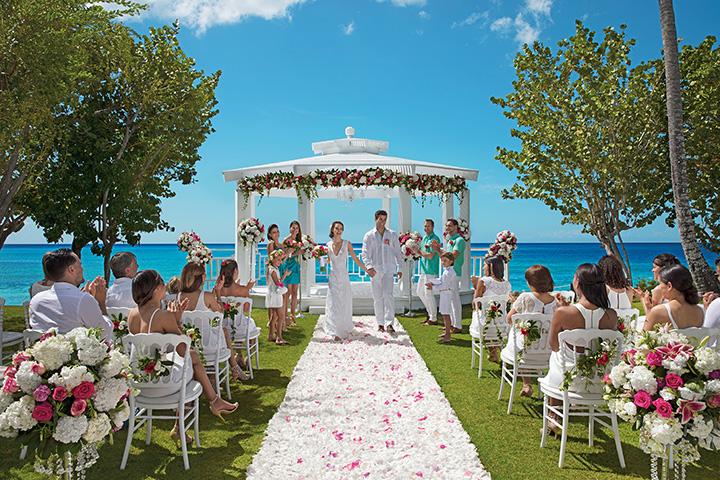 DRELR_WeddingGazebo_3.jpg