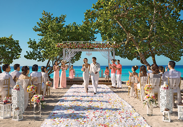 DREDL_Wedding_Beach_3A.jpg