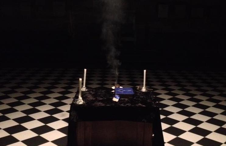 https://static1.squarespace.com/static/54ceb44fe4b0cceec29e52d1/t/54d4554fe4b035ab8b168241/1423201658110/Masonic+Altar