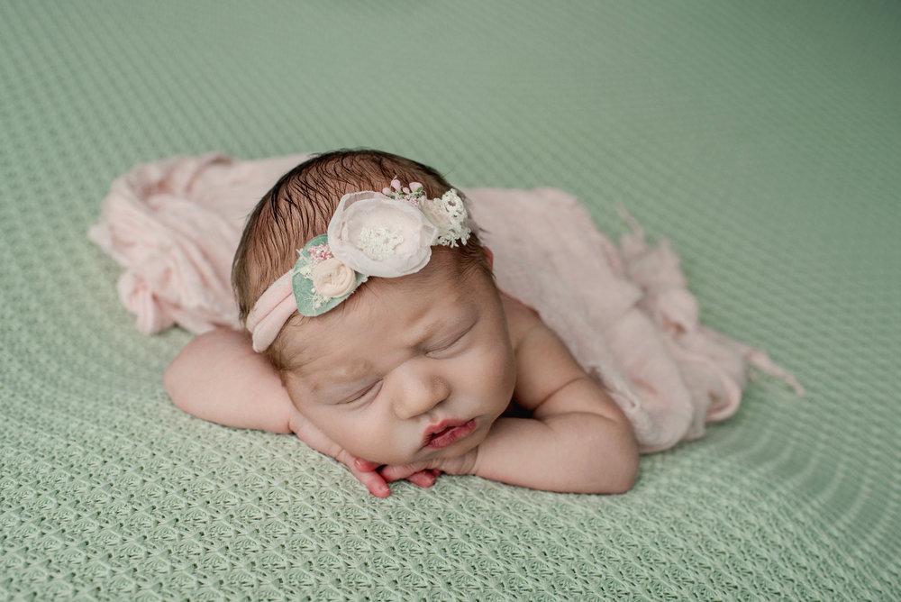 Newborn GIRL  {8-6-18}-9079.jpg