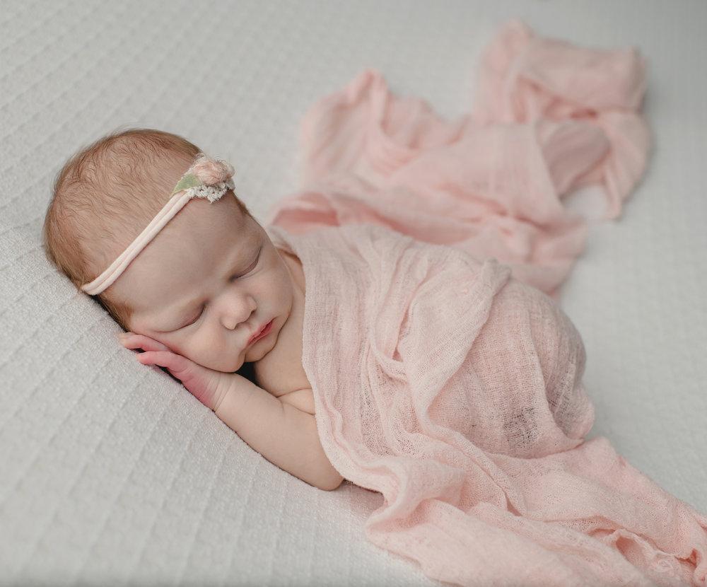Newborn GIRL 7-13-18-5558.jpg
