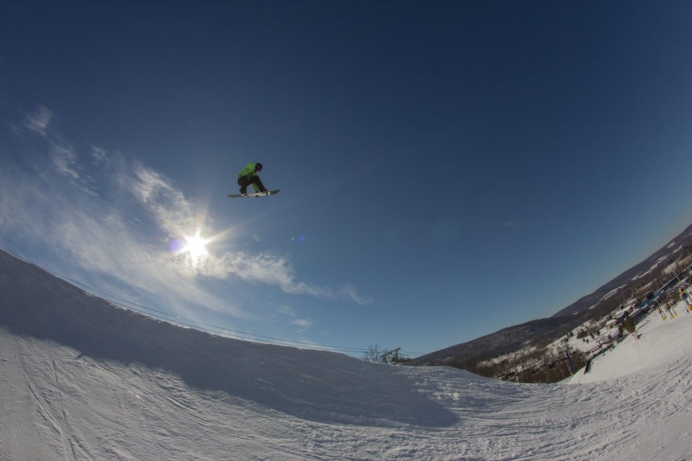 Liberty Mountain Resort - Snowboarding Photography - Nate Sheehan
