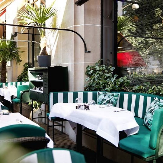 Who wants to go here for lunch?? #adelaidefinancebroker #finance #lovedayfinancial #cabanacafe #beverlyhillshotel #hotelplazaathenee #lunch