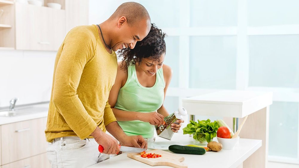 benefits of home cooking If you need some motivation to stop eating out and start firing up your own stove instead, then look no further from being healthier, to providing valuable family time, to saving you money, the benefits of cooking dinner at home instead of.