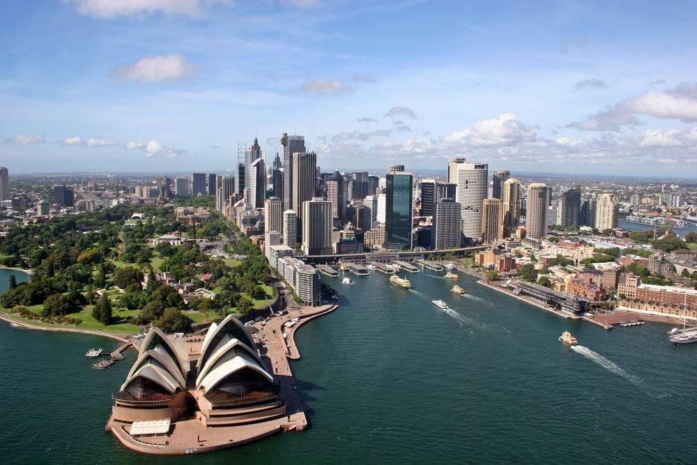 Sydney_skyline_from_the_north_aerial_2010.jpg