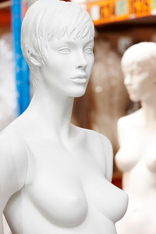 white mannequin.jpeg