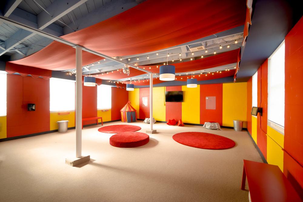 Play Room a 300.jpg