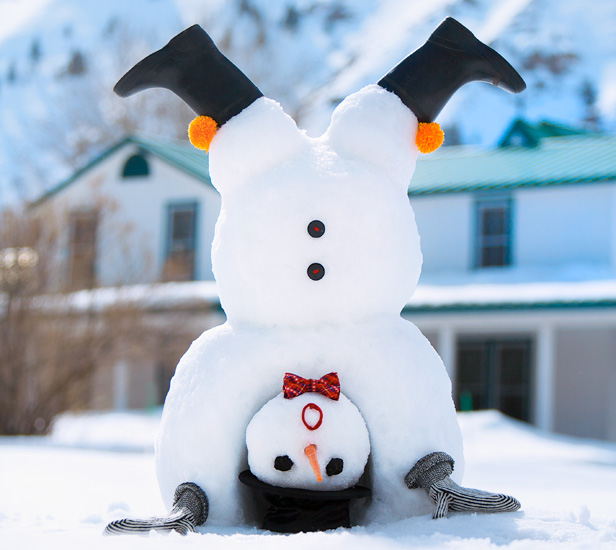how-to-make-a-snowman-handstand.jpg