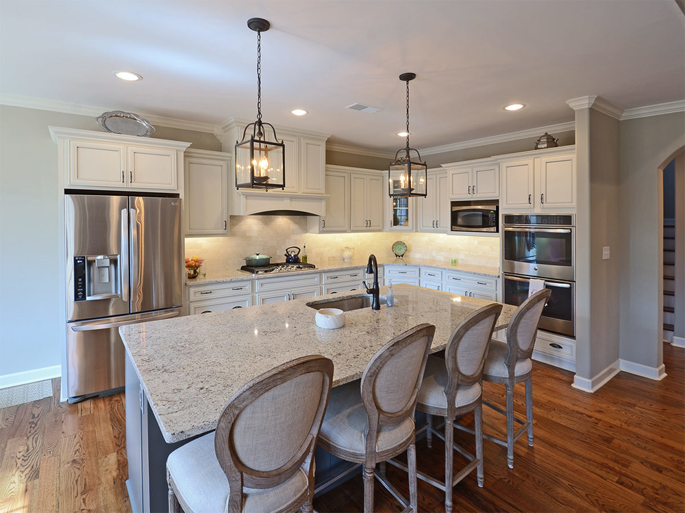 8052cavershamwood_kitchen.jpg