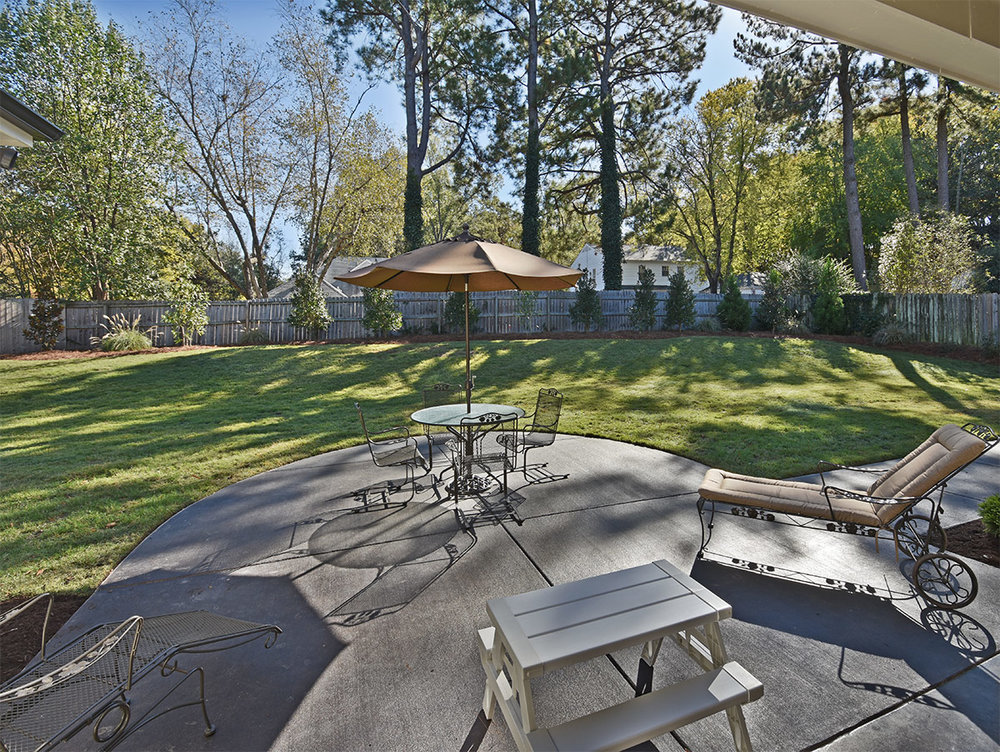 2070briarbrook_patio.jpg