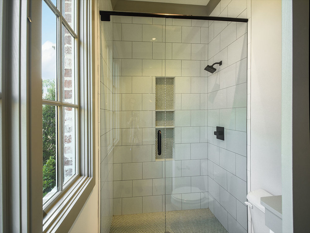 305angelwood_ba2_shower.jpg