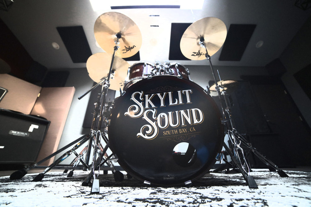skylitdrum-edit_1_orig.jpg