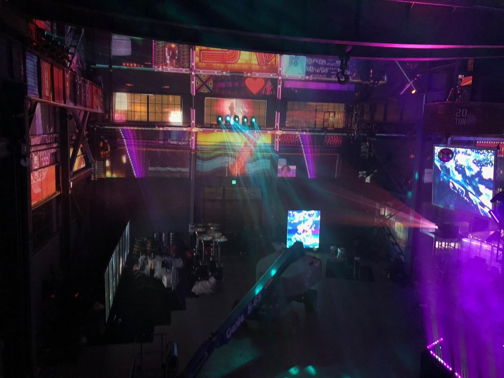 Helping out @ Obscura Digital for their Winter Party 2018
