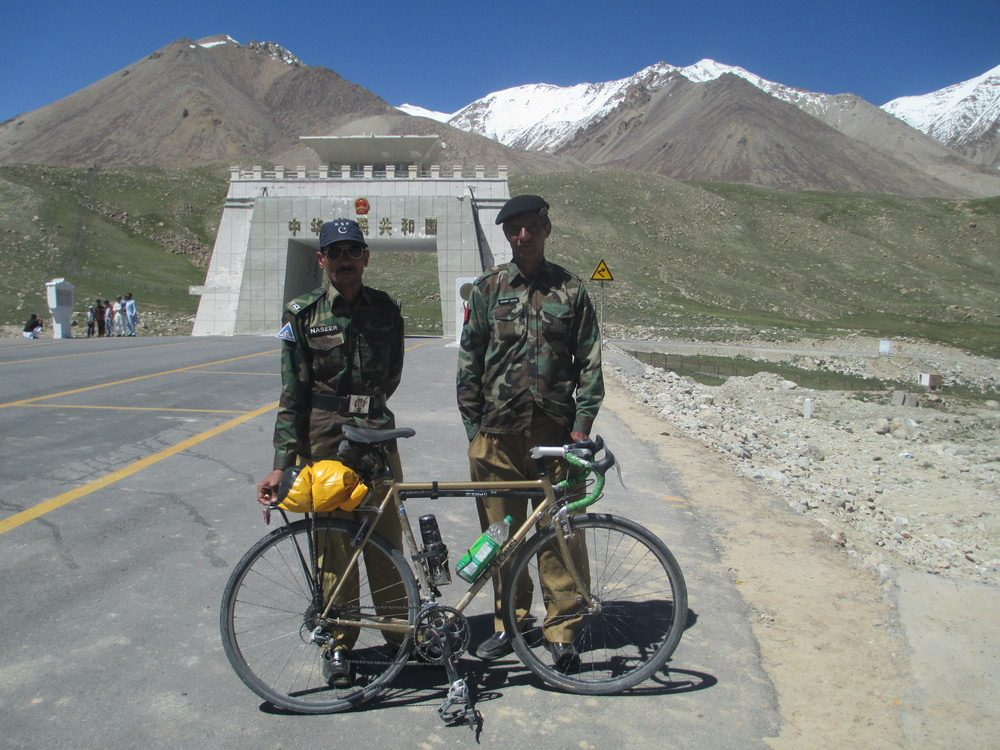 Pakistani border officials on Kunjerabi pass, friendliest border guards ever , invited me in for lunch!