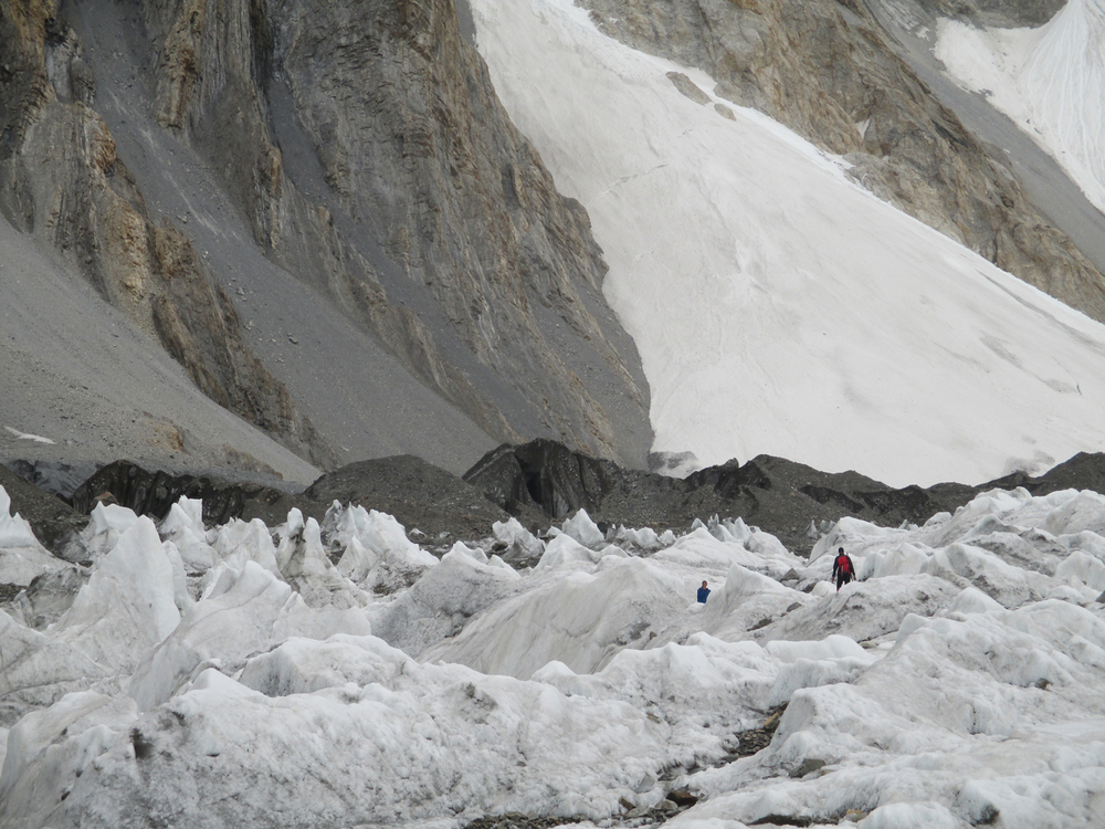 Lost in the immensity of the Goodwin Austin Glacier